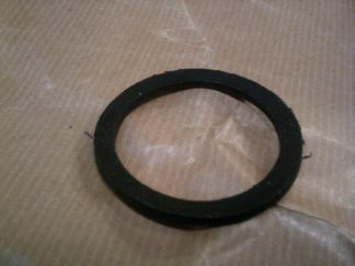 96 V4 Rubber under Thermostat Seal